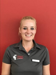 Tierärztin Kelly Erichsen in der Tierarztpraxis am Landhagen